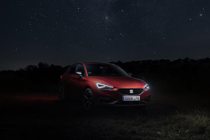 SEAT Leon fényszóró teszt
